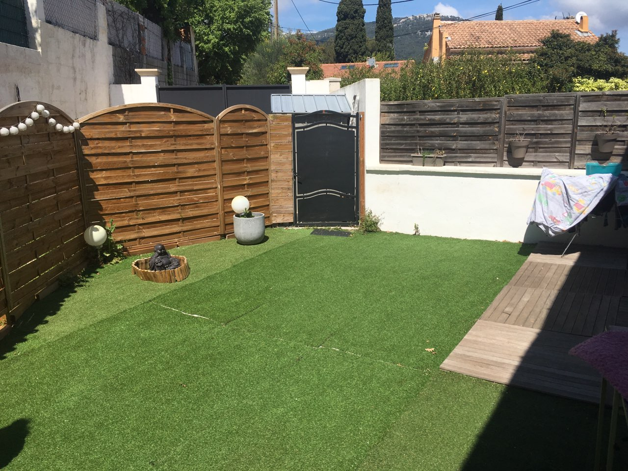 Toulon Serinette Appartement  T4 Rez de jardin 90m2