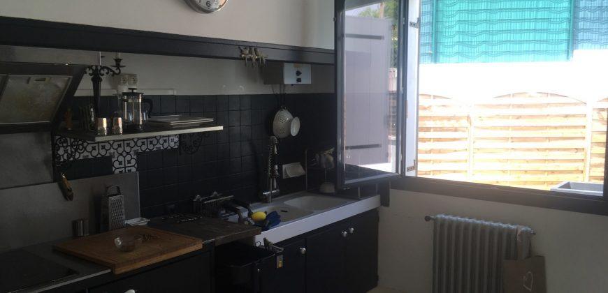 Toulon Serinette Appartement  T4 Rez de jardin 90m2